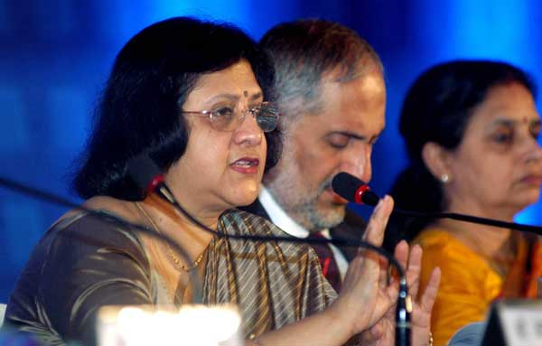 State Bank of India Chairman Arundhati Bhattacharya announces the annual results of the bank for Financial Year 2013-14 in Kolkata on May 23, 2014. For the whole financial year 2013-14, the company posted a net profit of Rs.14,174 crore, 20.89 percent lower than the Rs.17,916 crore recorded in the previous fiscal.