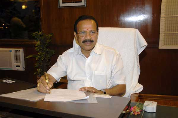 D.V. Sadananda Gowda taking charge as the Union Minister for Railways, in New Delhi on May 27, 2014.