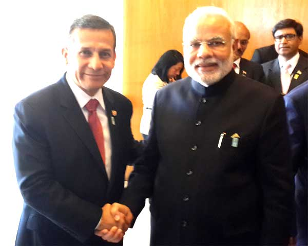 The Prime Minister, Narendra Modi meeting the President of the Republic of Peru, Ollanta Humala, on the sidelines of the Sixth BRICS Summit, at Brasilia, in Brazil on July 16, 2014.