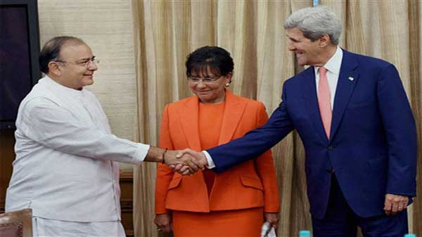 31jaitley_with_kerry
