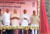 "The Prime Minister, Narendra Modi unveiling the plaque to lay the Foundation Stone for the four-laning of ""Kaithal-Narwana-Hisar-Rajasthan Border"" Highway, at Kaithal, in Haryana"
