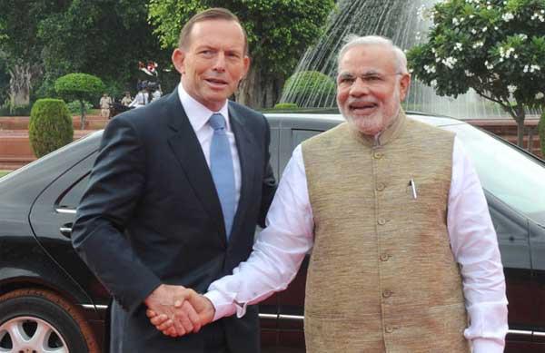 The Prime Minister, Narendra Modi with the Prime Minister of Australia, Tony Abbott, at the Ceremonial Reception, at Rashtrapati Bhavan, in New Delhi on September 05, 2014.
