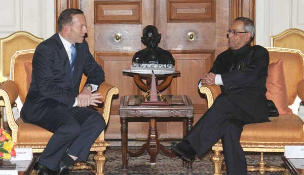 06aus_pm_with_president