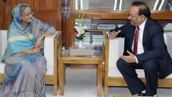 The Union Minister for Health and Family Welfare, Dr. Harsh Vardhan calling on the Prime Minister of Bangladesh, Sheikh Hasina, at Dhaka on September 10, 2014.