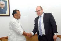 The Minister for Agriculture, Radha Mohan Singh meeting the High Commissioner of New Zealand to India, Grahame Morton