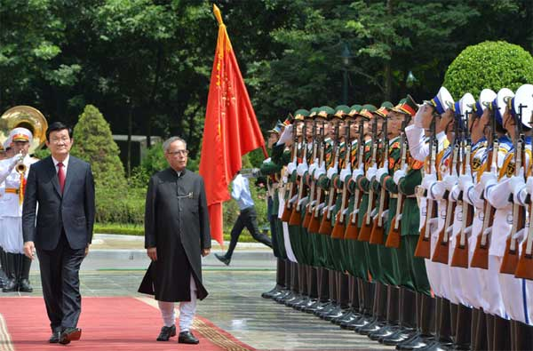 The President, Pranab Mukherjee inspecting the Guard of Honour, at Ceremonial Reception, at Presidential Palace, in Hanoi, Vietnam on September 15, 2014. The President of Socialist Republic of Vietnam, Truong Tan Sang is also seen.