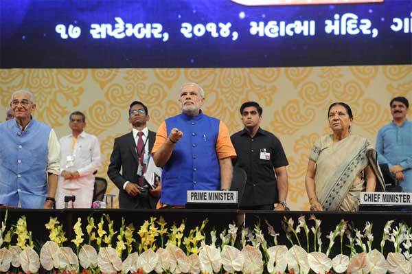 The Prime Minister, Shri Narendra Modi launches Swavlamban Abhiyaan - new pro-poor initiatives of the Gujarat Government, at the Mahatma Mandir, in Gandhinagar, Gujarat on September 17, 2014. The Governor of Gujarat, O.P. Kohli and the Chief Minister of Gujarat, Anandiben Patel and other dignitaries are also seen.