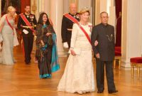 The President, Pranab Mukherjee being escorted by their Majesties King Harald V & Queen Sonja and HRH Crown Princess Mette-Marit