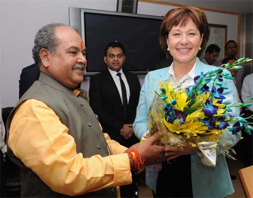 The Union Minister for Mines, Steel and Labour & Employment, Narendra Singh Tomar meeting the Premier of British Columbia, Canada, Christy Clarke, in New Delhi on October 14, 2014.