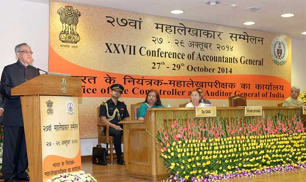 The President, Pranab Mukherjee addressing at the inauguration of the XXVII Accountants' General Conference on the theme 'Promoting Good Governance and Accountability through Public Audit' organised by the Comptroller and Auditor General of India, in New Delhi on October 27, 2014. The Speaker, Lok Sabha, Sumitra Mahajan and the Comptroller & Auditor General of India, Shashi Kant Sharma are also seen.