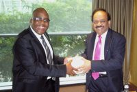 The Minister for Health and Family Welfare, Dr. Harsh Vardhan meeting the Health Minister of South Africa, Aaron Motsoaledi,