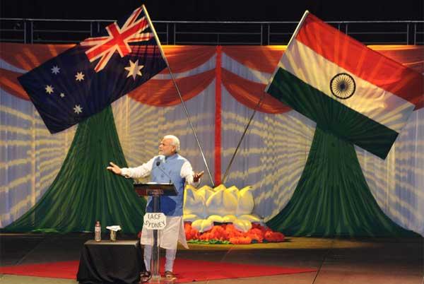 The Prime Minister, Narendra Modi addressing the gathering in the Community Reception, at Allphones Arena, in Sydney, Australia on November 17, 2014.