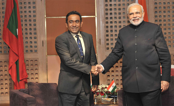 The Prime Minister, Narendra Modi meeting the President of Maldives, Abdulla Yameen, at the 18th SAARC Summit, in Kathmandu, Nepal on November 26, 2014.