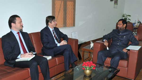 The Ambassador of Belgium to India, Jan Luylox calling on the Union Minister for Consumer Affairs, Food and Public Distribution, Ram Vilas Paswan, in New Delhi on December 08, 2014.