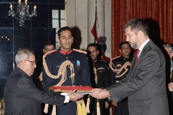 The Ambassador-Designate of Serbia, Vladimir Maric presenting his credential to the President, Pranab Mukherjee, at Rashtrapati Bhavan, in New Delhi on December 09, 2014.