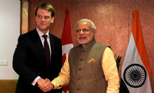 The Prime Minister, Narendra Modi meeting the Minister for citizenship & Immigration of Canada, Chris Alexander, in Gandhinagar, Gujarat on January 11, 2015.