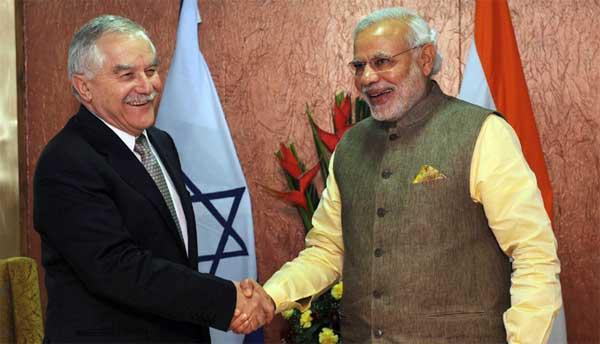 The Prime Minister, Narendra Modi meeting the Agriculture Minister of Israel, yair shamir, in Gandhinagar, Gujarat on January 11, 2015.
