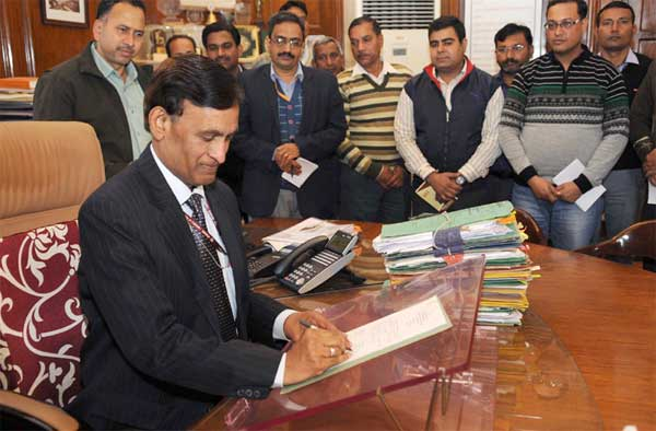 L.C. Goyal taking charge as the Home Secretary, in New Delhi on February 05, 2015.
