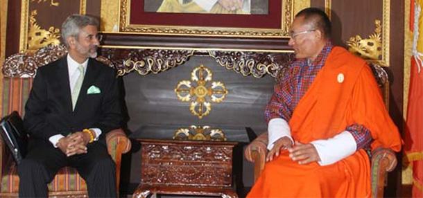 Foreign Secretary calls on Prime Minister Tshering Tobgay in Thimpu