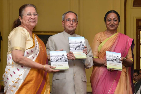 President Pranab Mukherjee receiving the first copy of the book 'Indian Parliamentary Diplomacy - Speaker's Perspective'