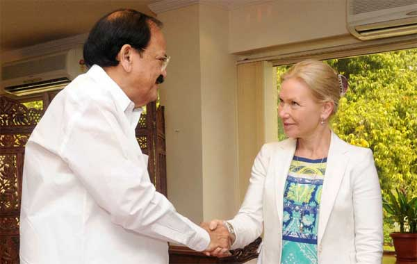 The Union Minister for Urban Development, Housing and Urban Poverty Alleviation and Parliamentary Affairs, M. Venkaiah Naidu meeting the Minister for Infrastructure of Sweden, Anna Johansson, in New Delhi on April 01, 2015.