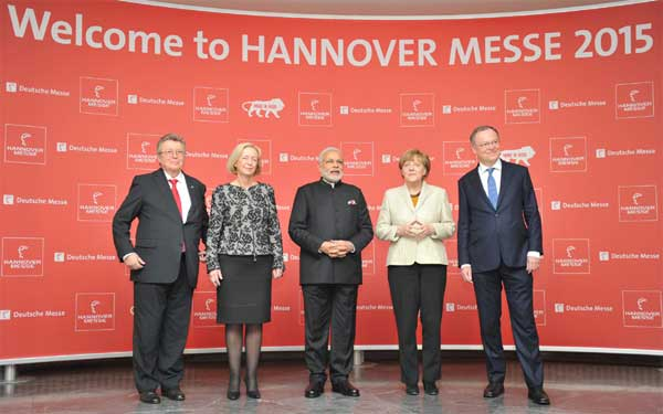 The Prime Minister, Narendra Modi, the German Chancellor, Angela Merkel and other dignitaries at the Opening Ceremony of the Hannover Messe, in Hannover, Germany on April 12, 2015.