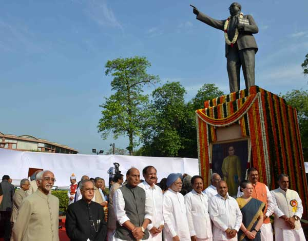 The President of India, Pranab Mukherjee, paying floral tributes at the statue of Babasaheb Dr. BR Ambedkar on the occasion of his birth anniversary at Parliament House Lawns on April 14, 2015.