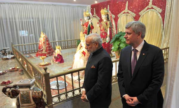 The Prime Minister, Narendra Modi and the Prime Minister of Canada, Stephen Harper visiting the Laxmi Narayan Temple, in Vancouver, Canada on April 16, 2015.