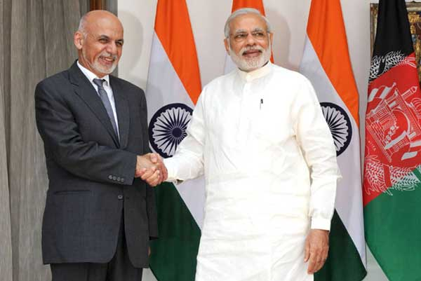 The Prime Minister, Narendra Modi with the President of the Islamic Republic of Afghanistan, Dr. Mohammad Ashraf Ghani, at Hyderabad House, in New Delhi on April 28, 2015.
