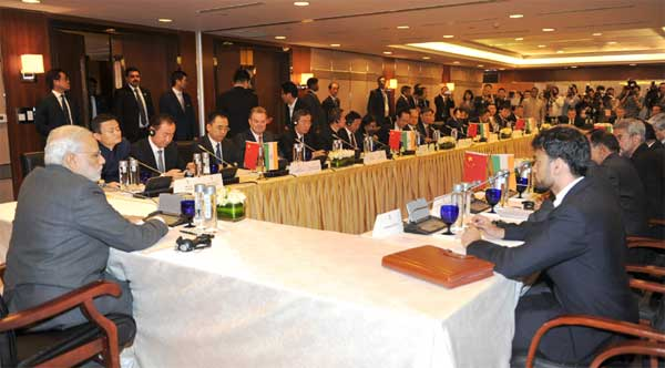 The Prime Minister, Narendra Modi meets the Chinese CEOs, in Shanghai, China on May 16, 2015.