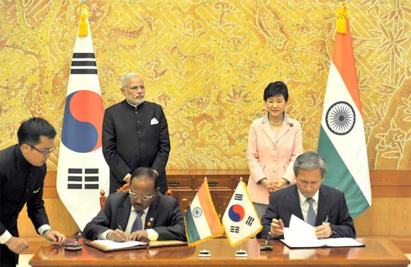 The Prime Minister, Narendra Modi and the President of Republic of Korea, Park Geun-hye, at the Agreement Signing Ceremony, in Seoul, South Korea on May 18, 2015.