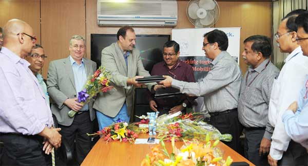 The Secretary, Department of Empowerment of Persons with Disabilities, Lov Verma witnessing the signing of an MoU between ALIMCO & M/s Otto Bock Germany, in New Delhi on May 20, 2015.