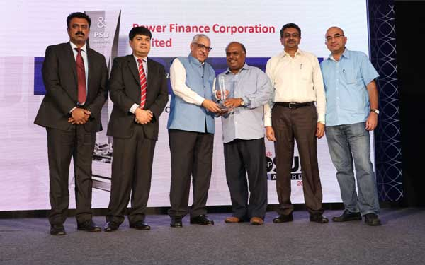 "Power Finance Corporation (PFC) received ""India's Top PSU Award 2015"" in the category of Financial Institution, NBFC and Financial Services. R. Nagarajan, Director (Finance) and D. Ravi, Executive Director, PFC jointly received this award from Rajender Mohan Malla, former CMD, IDBI Bank Ltd. in a function organized by Dun & Bradstreet on 23rd July, 2015 at New Delhi."