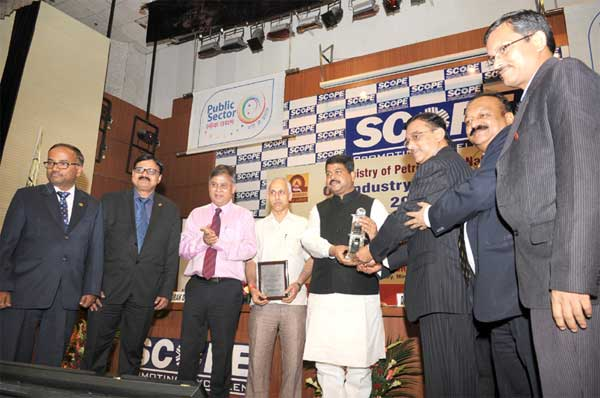 The Minister of State for Petroleum and Natural Gas (Independent Charge), Dharmendra Pradhan gave away the Oil Industry Safety Awards, at a function, in New Delhi on August 04, 2015. The Secretary, Ministry of Petroleum and Natural Gas, K.D. Tripathi is also seen.