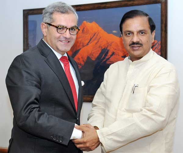 The Ambassador Extraordinary and Plenipotentiary of the Republic of Turkey, Dr. Burak Akcapar meeting the Minister of State for Culture (Independent Charge), Tourism (Independent Charge) and Civil Aviation, Dr. Mahesh Sharma, in New Delhi on September 03, 2015.