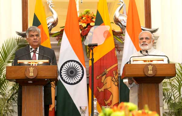 The Prime Minister, Narendra Modi with the Prime Minister of the Democratic Socialist Republic of Sri Lanka, Ranil Wickremesinghe, at the Joint Press Statement, in New Delhi on September 15, 2015.