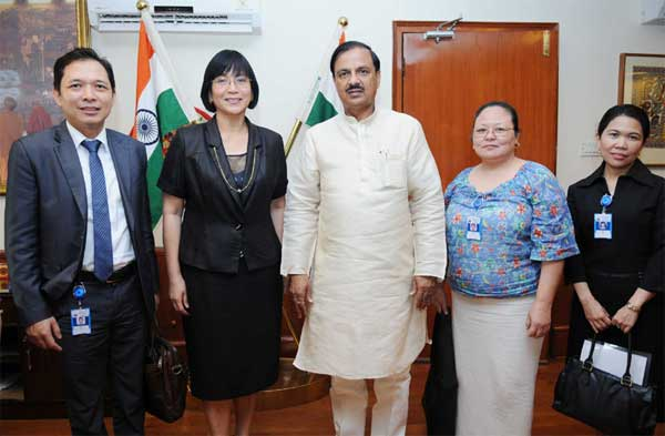 The Ambassador of Republic of Philippines in India, MA Teresita C. Daza calls on the Minister of State for Culture (Independent Charge), Tourism (Independent Charge) and Civil Aviation, Dr. Mahesh Sharma, in New Delhi on September 16, 2015.