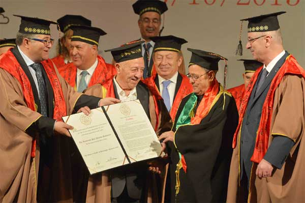 The Al-Quds University conferred Honorary Doctorate on the President, Pranab Mukherjee by the Prime Minister of Palestine, Rami Hamdallah, at Ramallah, in Palestine on October 13, 2015.