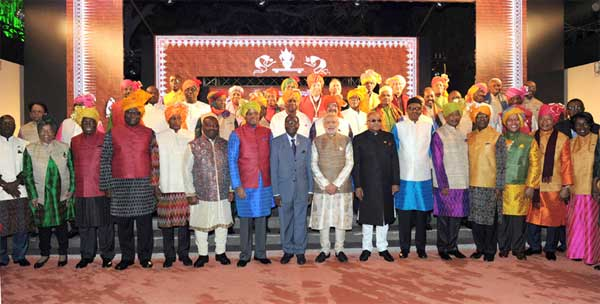 The Prime Minister, Narendra Modi with the African leaders during the special dinner hosted, on the sidelines of the 3rd India Africa Forum Summit, in New Delhi on October 28, 2015.