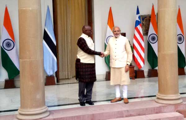 Prime Minister, Narendra Modi meeting the Vice President of the Republic of Botswana, Mokgweetsi Masisi, during the 3rd India Africa Forum Summit, in New Delhi on October 28, 2015.