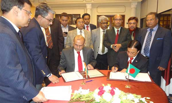 The Secretary, Ministry of Shipping, Rajive Kumar and the Secretary, Ministry of Shipping, Government of People's Republic of Bangladesh, Shafique Alam Mehdi initial draft MoU on passenger and cruise services on coastal and protocol route, in New Delhi on November 16, 2015.