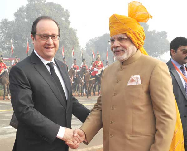 The Prime Minister, Narendra Modi and the Chief Guest of Republic Day, President of France, Francois Hollande at Rajpath, on the occasion of the 67th Republic Day Parade 2016, in New Delhi on January 26, 2016.