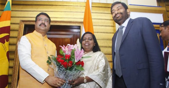 Minister of State (I/C) for Petroleum and Natural Gas Shri Dharmendra Pradhan meeting Dr. Tawfiq-e-Elahi Chowdhury, BB, Energy Adviser to PM of Bangladesh in Bhubaneshwar, Odisha