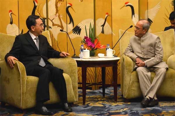President of India, Pranab Mukherjee, meeting with the Governor of Guangdong Province ZHU XIAODAN at Hotel Shangri-La in Guangzhou, The People's Republic of China on May 25, 2016.