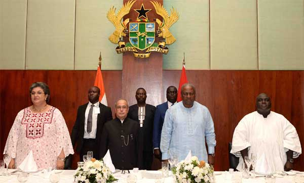 The President, Pranab Mukherjee at the banquet hosted by the President of the Republic of Ghana, John Dramani Mahama, in Ghana.