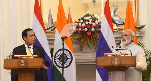 The Prime Minister, Narendra Modi at the Joint Press Statement with the Prime Minister of the Kingdom of Thailand, General Prayut Chan-o-cha, in New Delhi on June 17, 2016.