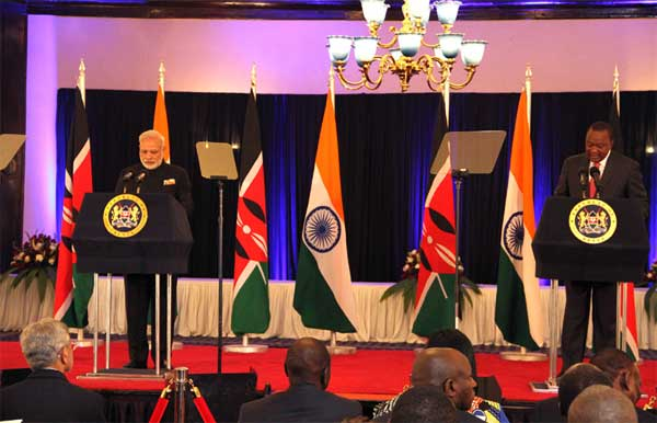 Prime Minister, Narendra Modi delivering his press statements with the President of Kenya, Uhuru Kenyatta, in Nairobi, Kenya