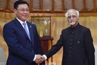Prime Minister of Mongolia, J. Erdenebat calling on the Vice President, M. Hamid Ansari,