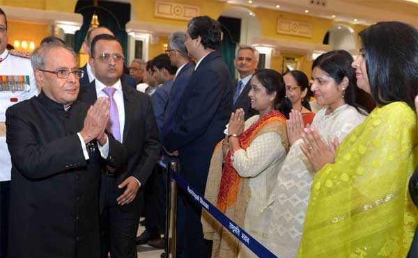 The President, Pranab Mukherjee meeting the visitors at the 'At Home' function, organised on the occasion of 70th Independence Day, at Rashtrapati Bhavan, in New Delhi on August 15, 2016.