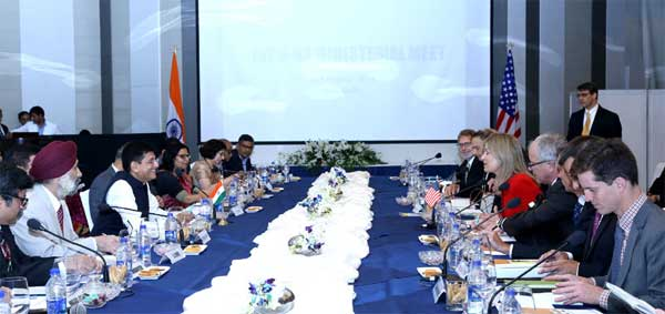 The Minister of State for Power, Coal, New and Renewable Energy and Mines (Independent Charge), Piyush Goyal and the Deputy Secretary, Department of Energy, U.S., Elizabeth Sherwood-Randall at the Indo-US Ministerial Meet, in New Delhi on August 30, 2016.